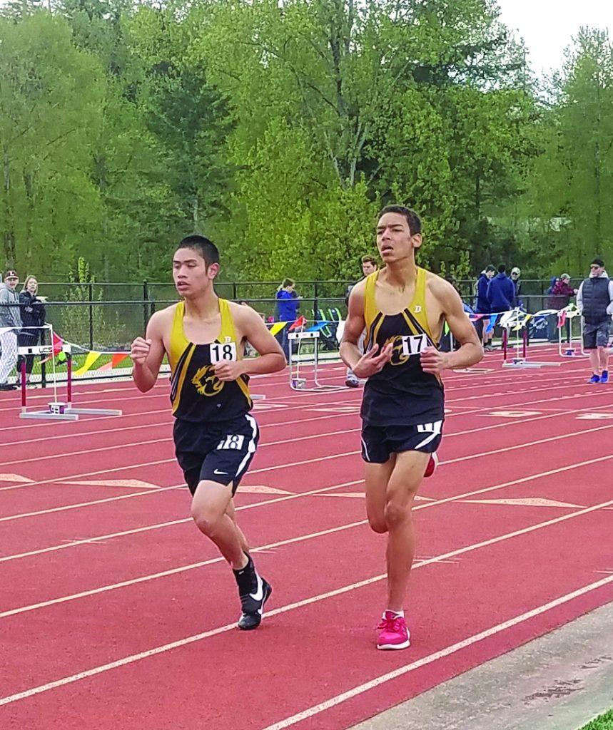 Matthew Mason (left) and Raphael Miranda (right), Men's 3200m.