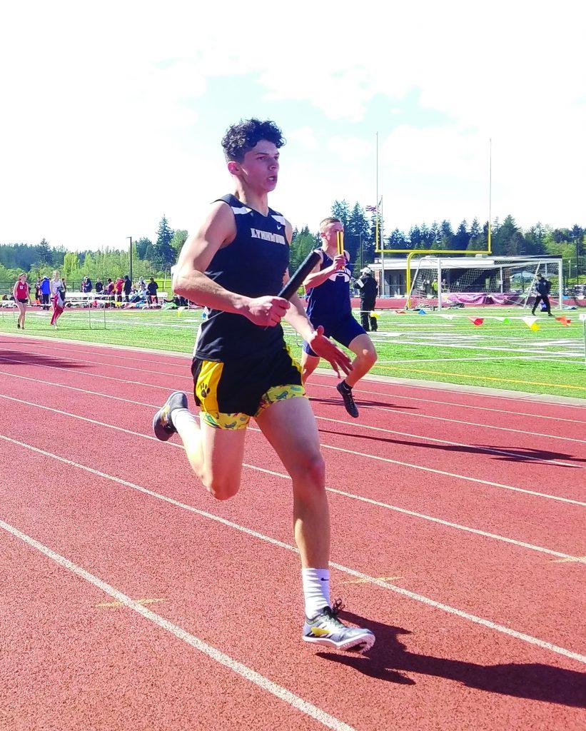 Adrian Seeber, Men's 4x400m Relay.