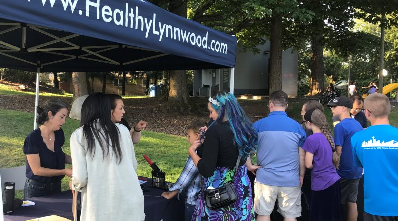 Lynnwood Times photo by Luke Putvin. Attendees at South Lynnwood Park for Meet Me at the Park on July 16.