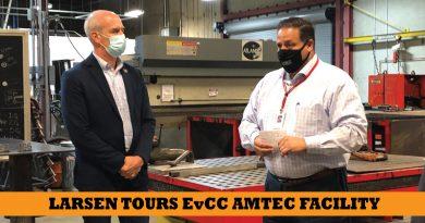 Everett Community College's AMTEC hosts aerospace roundtable
